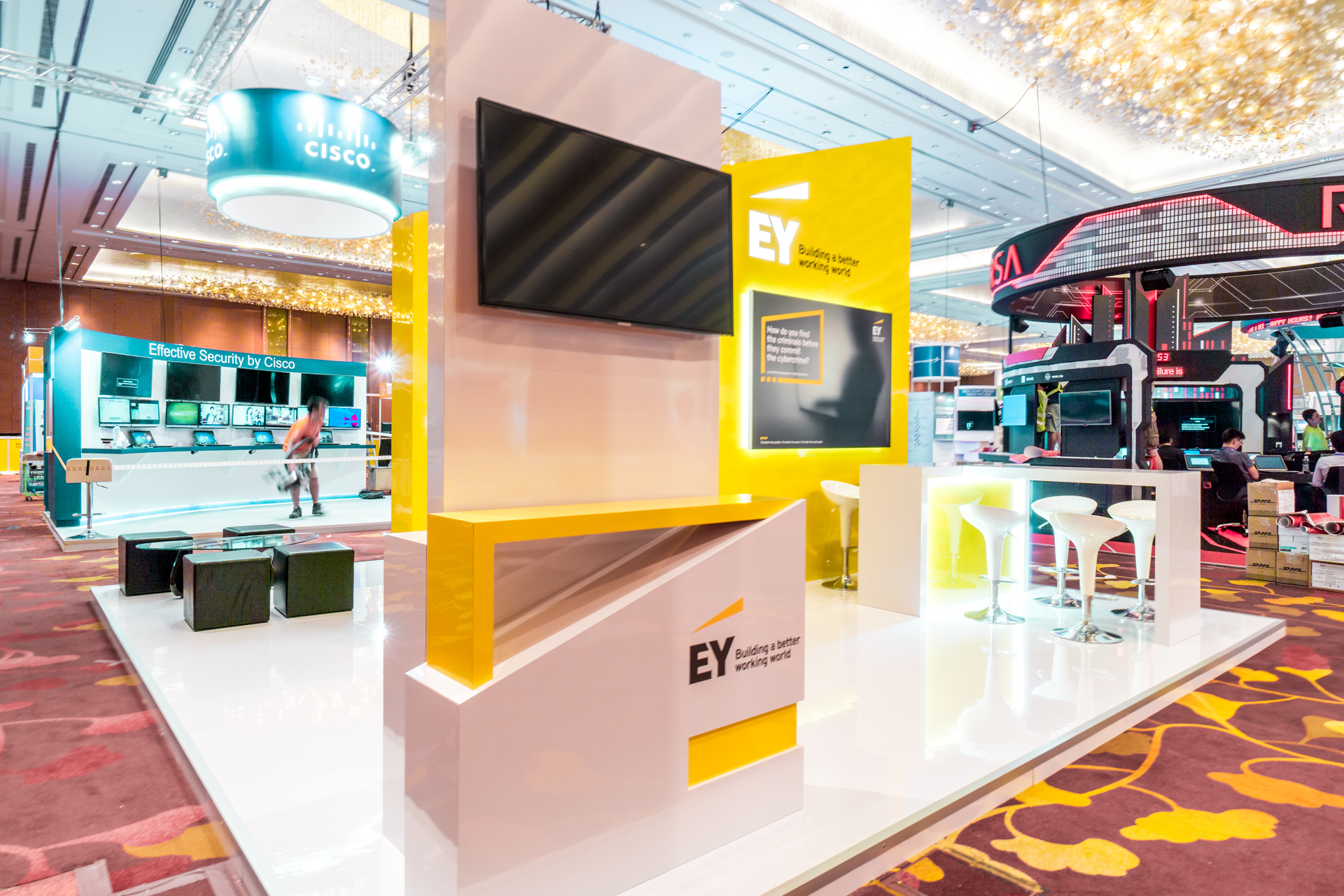 exhibition-stand-design-punktlandung-ey-booth-022