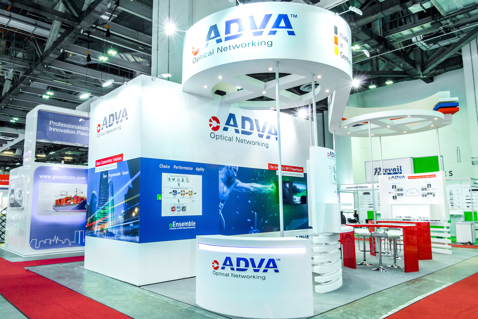 Exhibition Booth Shell Scheme : Shell scheme or customized booth design a guide for new